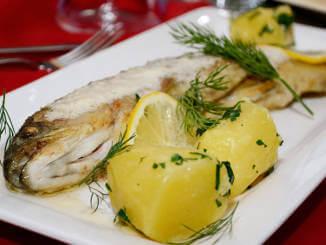 Forelle Müllerin mit Kartoffeln
